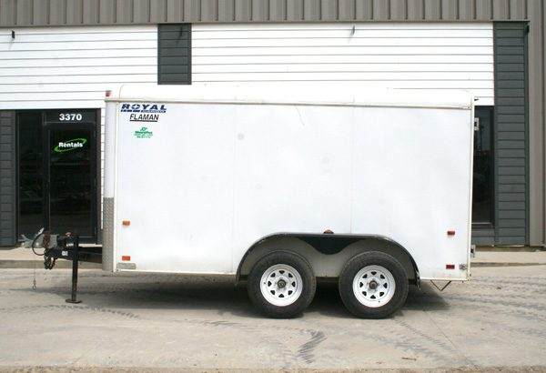 tandem-axle-enclosed-1